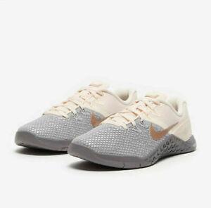 Mejor Cuidado Prominente  Nike Metcon 4 XD color gris metálico