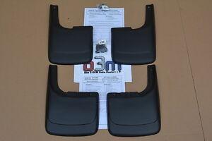 Chevrolet-Express-Van-Gmc-Savana-Delantero-Y-Trasero-moldeado-Splash-guardia-Kit-Nuevo-Oem
