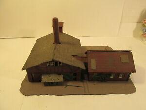 Vintage-Plastic-Large-Warehouse-Factory-Train-Building-HO-Gauge-Scale-tr1723