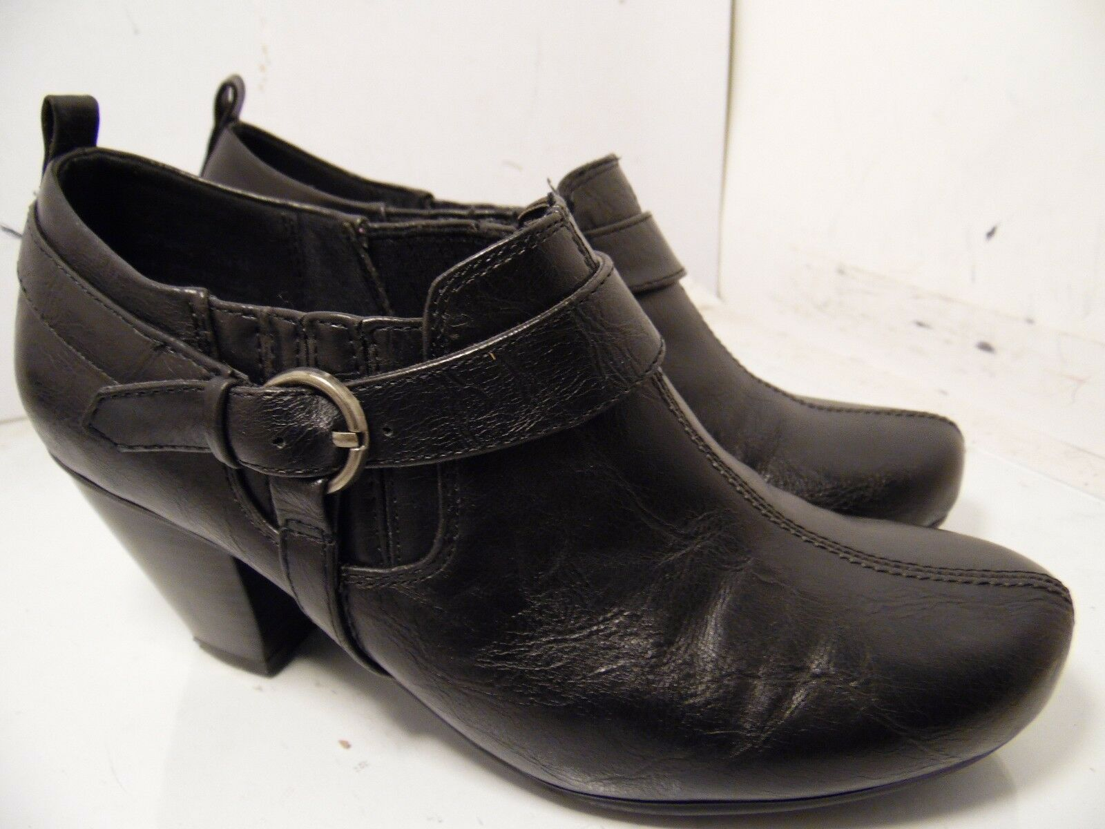 Bare Traps Corynne  Booties Black Leather Slip On Heels Buckle Womens Size 5.5 M