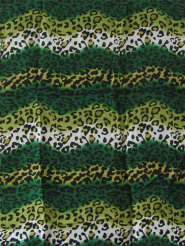 Loop Schal Scarf Rundschal Loopschal Schlauchschal Leo Print grün schwarz weiß