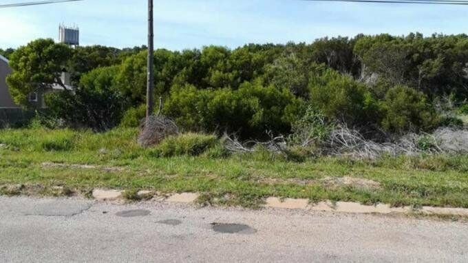Land Land For Sale in Paradise Beach Eastern Cape