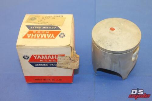 Yamaha 1975 MX250 B 1976 1977 1978 YZ250 C,D,E Piston # 3 3rd oversize O//S NOS