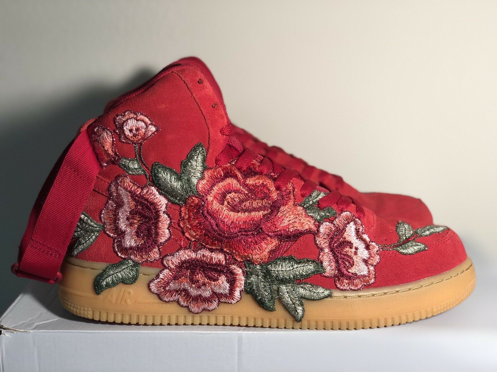 NIKE Air Force One High Custom Floral Embroidered 1 of 1 Comfortable Comfortable and good-looking