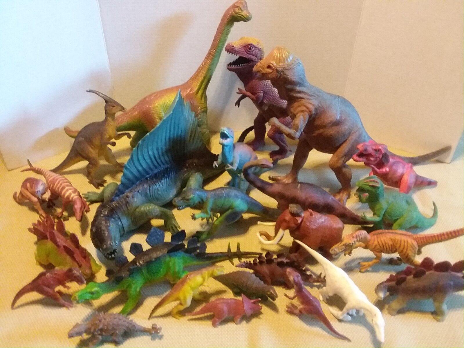 Das riesige menge   25 vom t - rex triceratops parasaurolophus stegasaurus