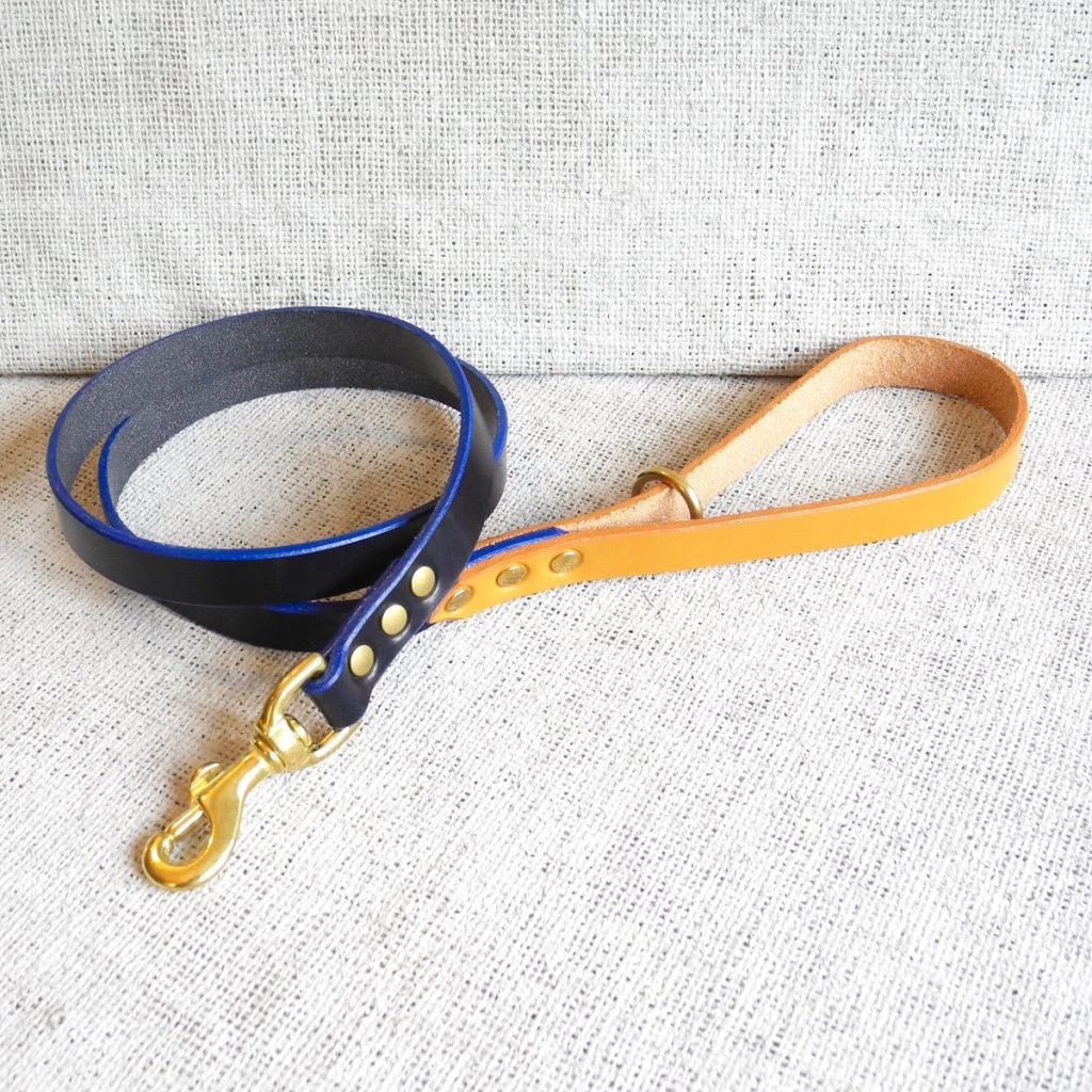 Blau Bridle Leather Dog Lead Plain
