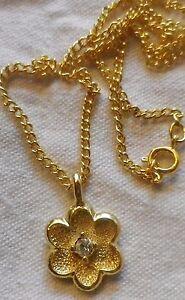 pendentif-collier-bijoux-plaque-or-poincon-fleur-diamante-solitaire-cristal-433