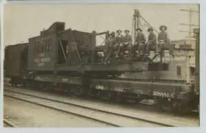 Superb-1910-era-CB-amp-Q-Pile-Driver-Train-Crew-Work-train-Real-Photo-Postcard-RPPC