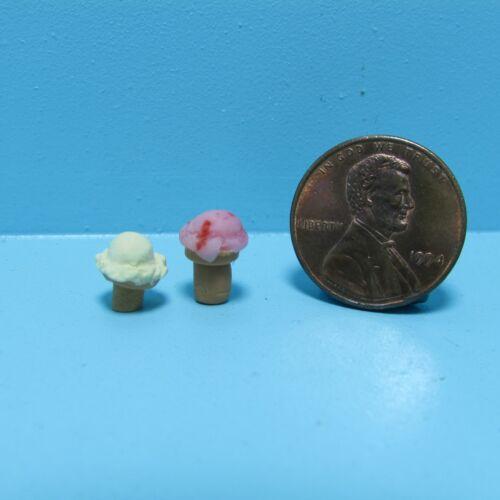Dollhouse Miniature Delicious Ice Cream Cone ~ CAR0855