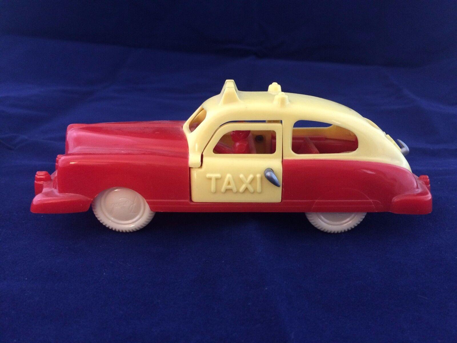 Renwal  91 Sedan Taxi 2 de la puerta de plástico U.s.a