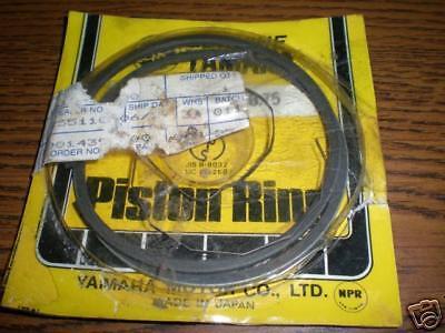 NOS 1970-1972 Yamaha R5 350 .75 Piston Rings Keystone Type 278-11610-31