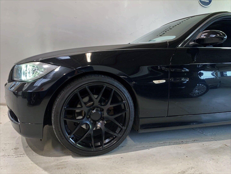 BMW 320i 2006