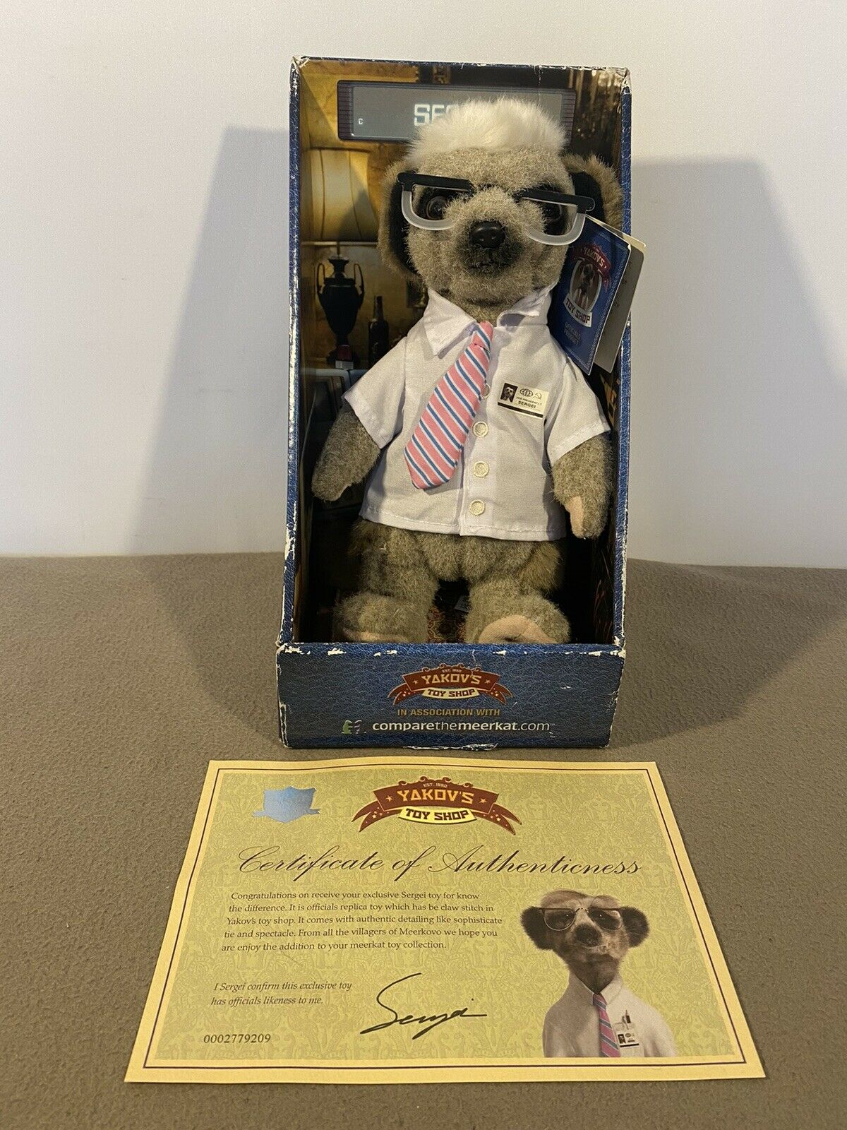New in Box comparer The Meerkat Sergie Teddy