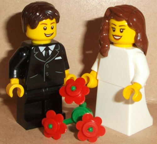 Lego Bride /& Groom Wedding Minifigs with Flowers* Changes Available See Pictures