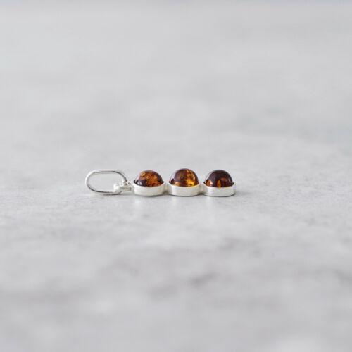 Tres Piedras Collar de ámbar del báltico Ámbar Colgante Collar de cabujón de color ámbar natural