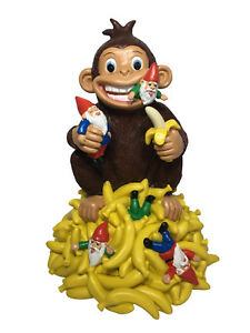 Garden-Gnome-Miniature-034-Gnomes-amp-Bananas-034-Funny-Monkey-with-Gnomes-11-034