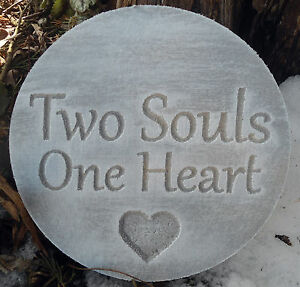 Plastic-plaque-mold-034-Two-souls-One-heart-034-garden-ornament-stepping-stone
