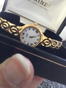 Pulsar Quartz Ladies Watch With Gold Coloured Bracelet Strap