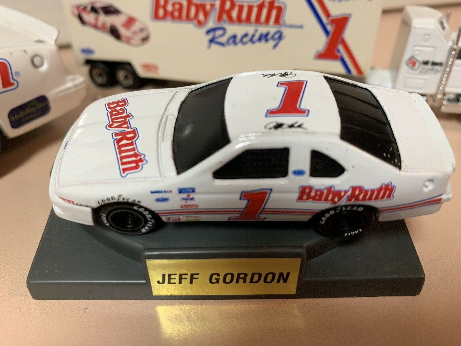 Nascar Young Jeff Gordon And Baby Ruth Racing !!!