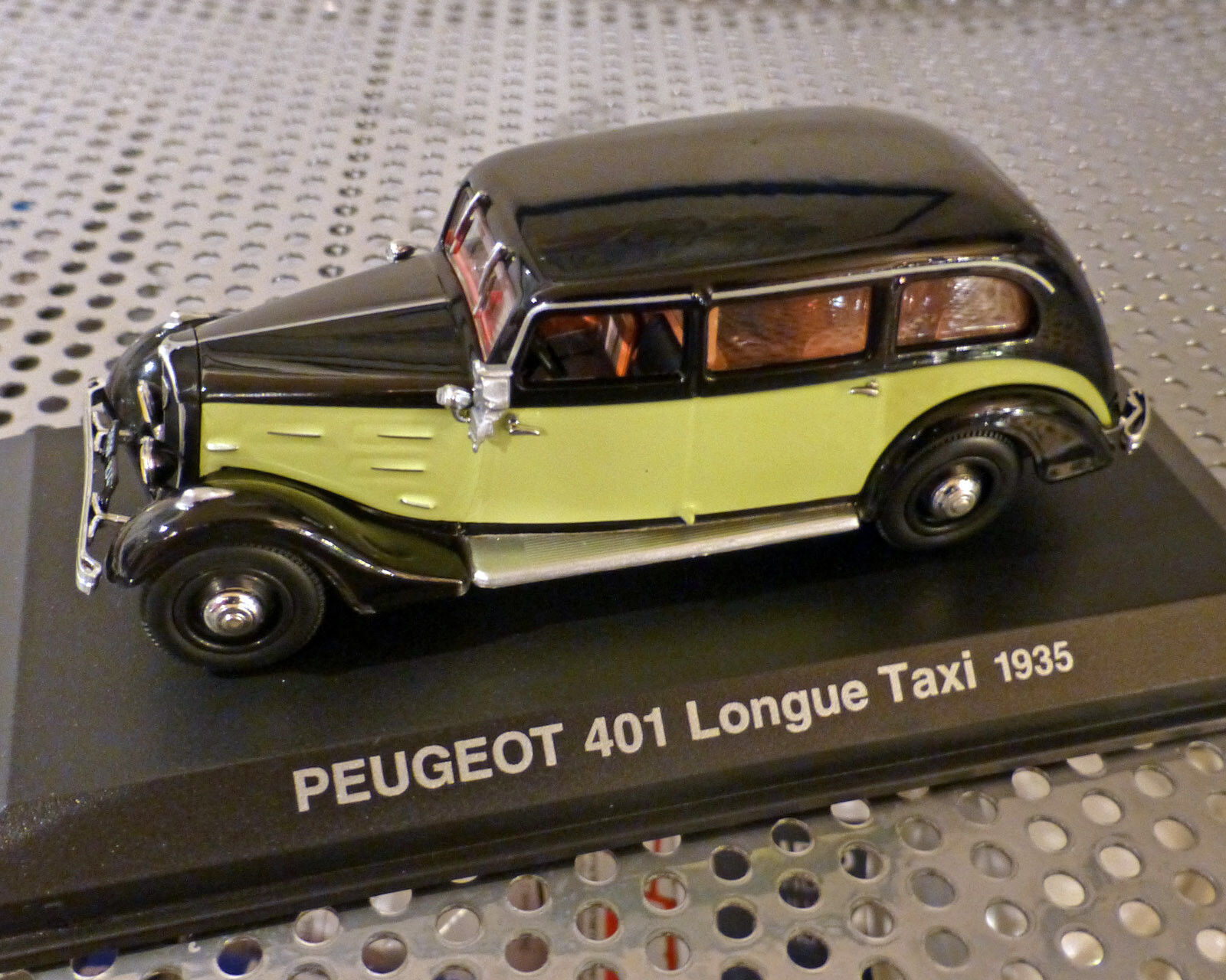 Peugeot 401 Taxi 1935, 1 43, Norev