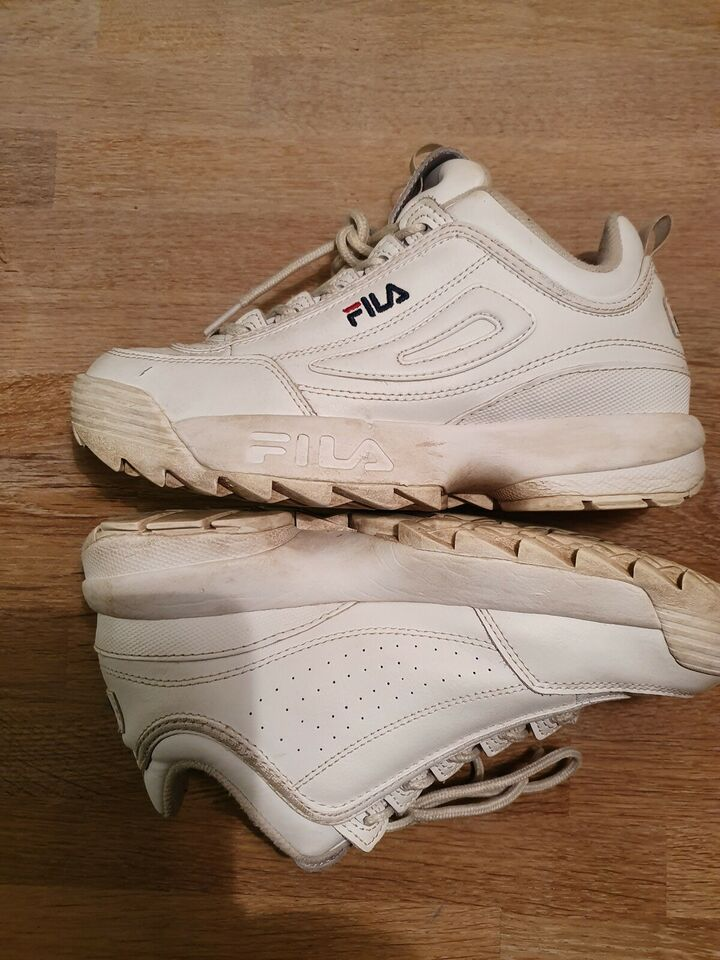 Sneakers, str. 39, Fila