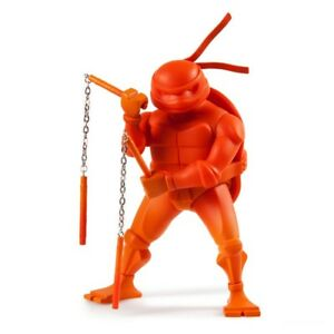 Teenage-Mutant-Ninja-Turtles-Medium-Figure-Michelangelo-KidRobot