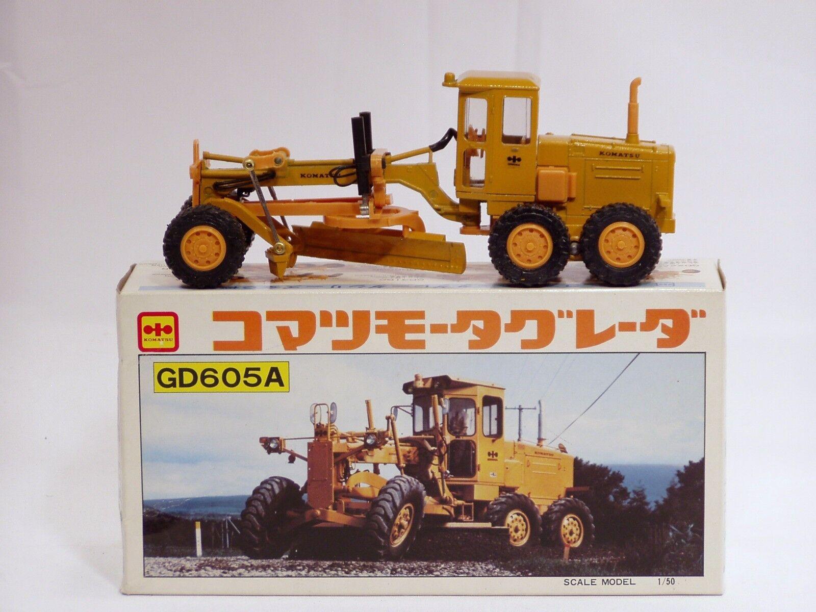 Komatsu GD605A Grader-N C -  1 50 - DIAPET YONEZAWA  T-74 - Comme neuf IN BOX  détaillant de fitness