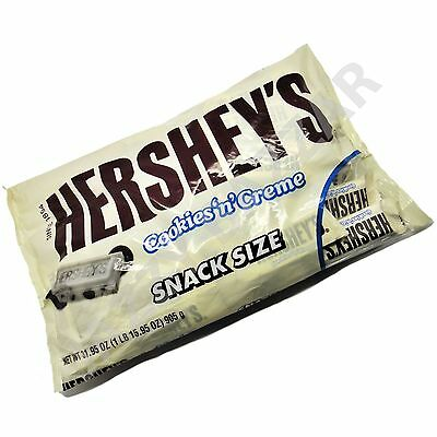 Hershey's Cookies'n'Creme and Cream Hersheys Snack Size Chocolate Biscuit Pack