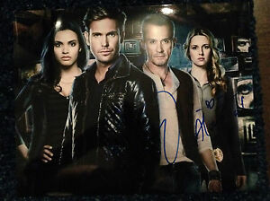 CW-The-Cult-Matthew-Davis-Alona-Tal-Autographed-Signed-11x14-Photo-COA