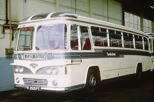 SUNDERLAND-2521PT-6x4-Quality-Bus-Photo