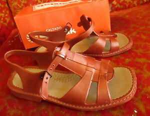 Sz-4-5-NEW-NIB-True-Vtg-70s-Womens-BROWN-RUBBER-SLIP-ON-MEXICAN-SANDALS-SANDAK