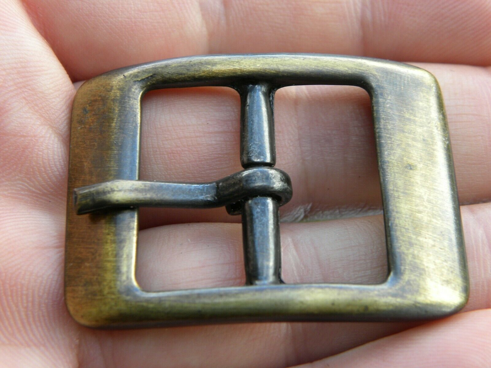 Bridle Center Bar Buckle for 1 inch or 25 mm wide leather antique bronze finish