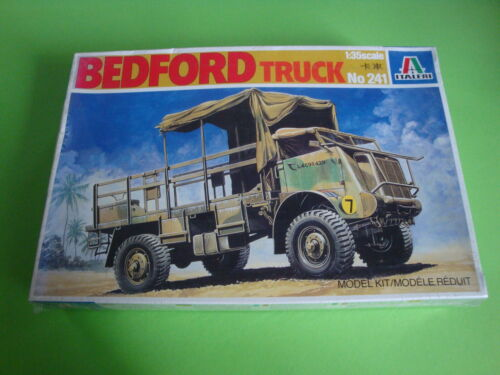 Italeri Bedford Truck  Nr.241