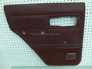 86-JEEP-CHEROKEE-Rear-Door-Panel-Left-Driver-Side-Manual-Windows-RED