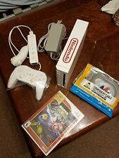 NINTENDO WII BUNDLE, 32 GB SD CARD, 3 CONTROLLERS, 2300 RETRO GAMES, SEE PICS
