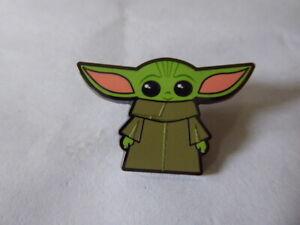 Disney-Trading-Pins-Star-Wars-The-Mandalorian-The-Child-Chibi-Standing