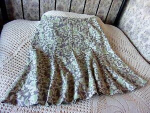 Substantial-linen-skirt-by-EAST-Size-24-Muted-grey-with-two-tone-green-floral