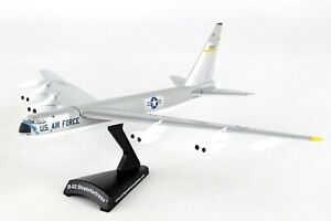 POSTAGE-STAMP-USAF-B-52-STRATOFORTRESS-SILVER-1-300-SCALE-DIECAST-METAL-MODEL
