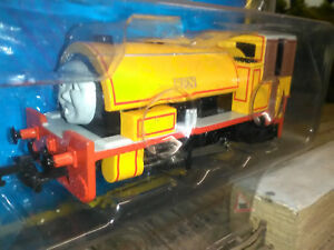 Bachmann-58806-Thomas-the-tank-engine-Ben-with-moving-eyes-OO-scale-BNIB