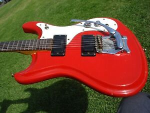 1965-1966-Mosrite-Moseley-Ventures-II-Vintage-USA-Red