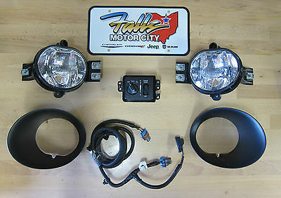 2002-2005 Dodge Ram 1500 & 2003-2005 Ram 2500 3500 Fog Light Lamp Kit OEM