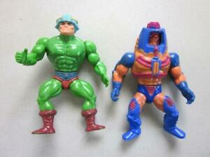 Vintage-He-man-Masters-of-the-Universe-Action-Figures-MAN-AT-ARMS-amp-MAN-E-FACES