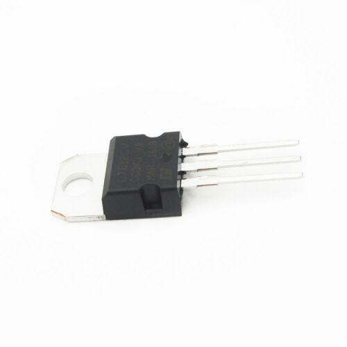 10pcs L7812CV L7812 LM7812 ST TO-220 Voltage Regulator 12V 1.5A BBC