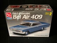 1962 Chevy Bel Air 409 Bubbletop 1 25 scale plastic model kit from AMT ERTL Toys