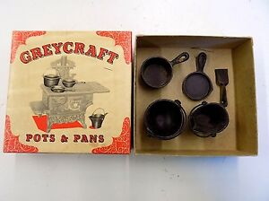 1950s/1960s Vintage Greycraft 5 Pc Cast Iron Toy Pans + Orig Box Made in USA