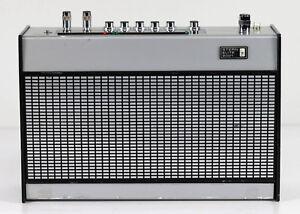 RFT-Stern-Elite-2001-Kofferradio-Rundfunkempfaenger-DDR-Radio-an-Bastler