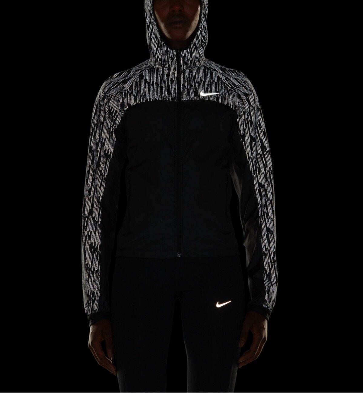 Chaqueta Para  Correr Nike Escudo de Flash, 799885-010, Negro Plata reflejan. XS, S, M  el más barato
