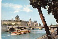 BR4589 Le pont Notre Dame , le tribunal, la fleche de la Sainte Chapelle france