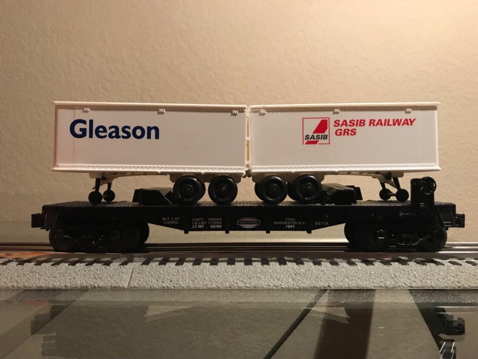 Lionel 52114 TTOS NYC Flat with Gleason and Sasib Trailers