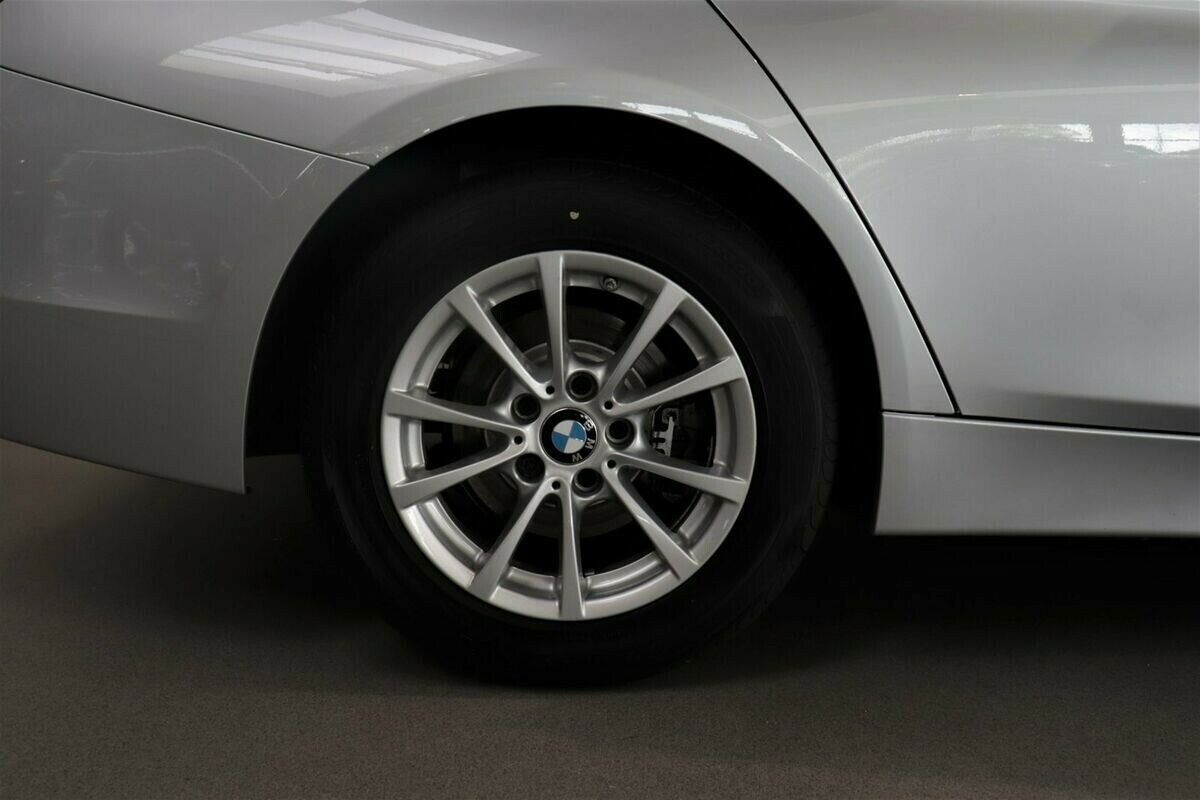 BMW 320i Executive aut.
